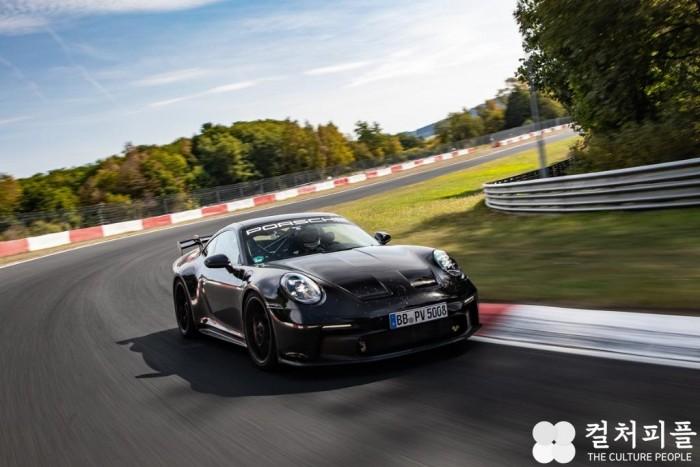 [참고사진] 미쉐린 신형 포르쉐 911 GT3에 타이어 공급 (2).jpg